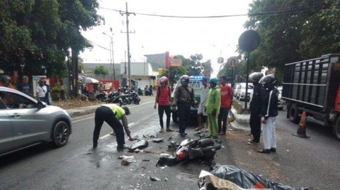 Kecelakaan Maut Tadi Pagi, Seorang Pesepeda Tewas, Avanza Tak Terkendali Tabrak Motor dan Sepeda