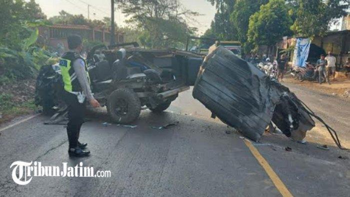 Kecelakaan Maut Pukul 15.40 WIB, 3 Orang Tewas di Tempat, Mobil Panther Nyalip Lalu Tabrak Truk