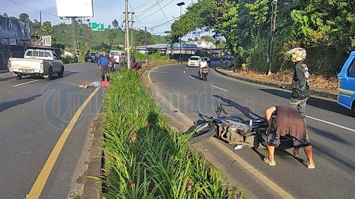 Kecelakaan sepeda motor di Jalan AA Maramis Kairagi Mapanget Manado Sulut pagi ini Sabtu 17 April 2021.