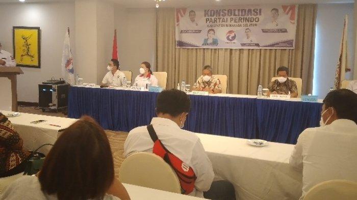 Bupati dan Wabup Minahasa Selatan Kompak Hadir di Konsolidasi Partai Perindo