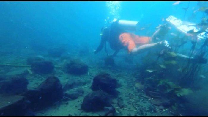 Kegiatan bersih-bersih Mata Air Uluna Tondano dalam rangka memperingati hari Lingkungan Hidup yang Wou Adventure, Sabtu (07/05) akhir pekan lalu.
