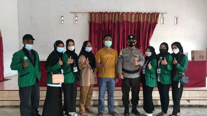Mahasiswa Universitas Bina Mandiri Gelar Sosialisasi Vaksinasi di Desa Tolondadu Bolsel