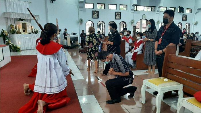 kegiatan Wawali Hengky Honandar SE sejak Jumat Agung, Perjamuan Kudus hingga ibadah Paskah