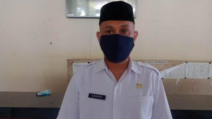 Kepala Badan Kepegawaian dan Pengembangan Sumber Daya Manusia (BKPSDM) Kabupaten Bolsel Ahmadi Modeong.