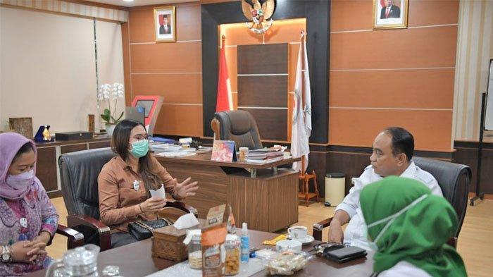 Kepala Desa Bombanon Gita Tuuk melakukan agenda kerja di Jakarta, melakukan audiensi dengan Wakil Menteri Desa PDTT.