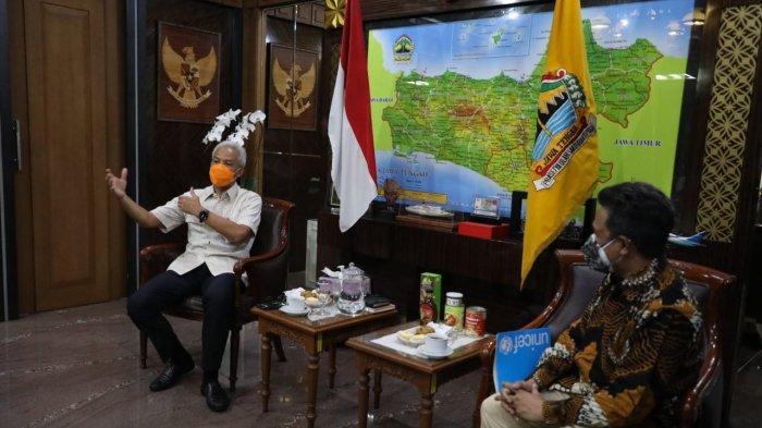 Kepala Perwakilan Unicef Indonesia di Surabaya, Ermi Ndoen bertemu Gubernur Jateng Ganjar Pranowo di kantornya