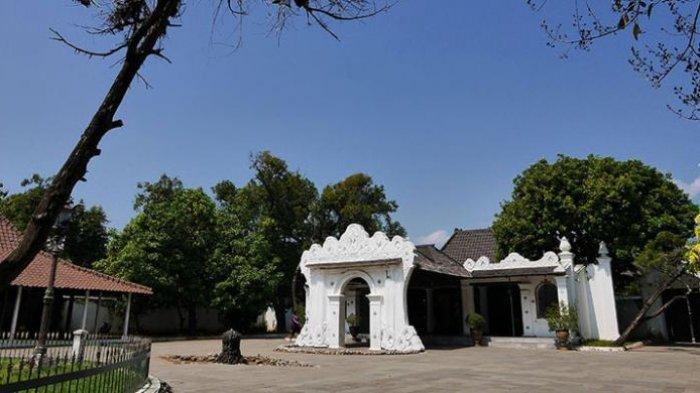 Tengok Tradisi Rajaban di Cirebon, Ziarah ke Makam Dua Pangeran