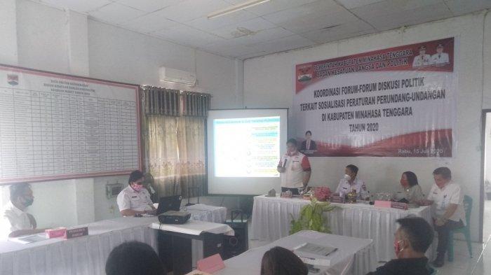 Kesbangpol Sulut Hadiri Forum Diskusi Politik Dan Pemerintahan di Mitra