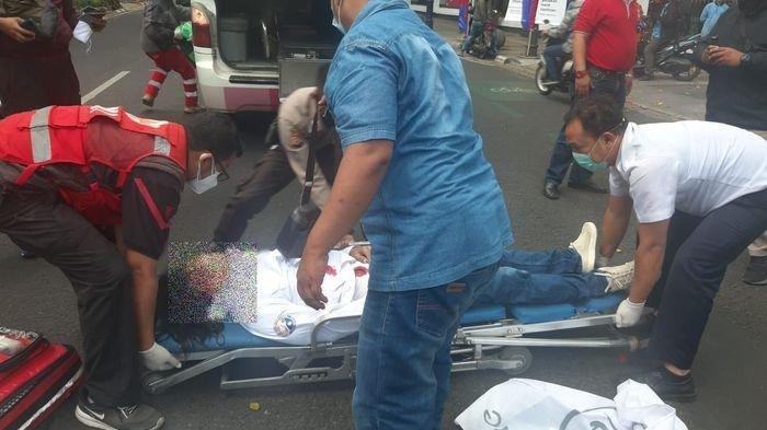 Protes soal PPKM, Ketua AKAR Lakukan Aksi Percobaan Bunuh Diri, Usaha Ditutup dan Banyak Cicilan