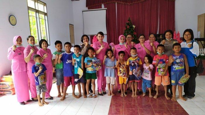 Ketua Cabang Bhayangkari Polres Sangihe Ingin Anak-anak di Desa Lebo Bisa Kembali Bahagia