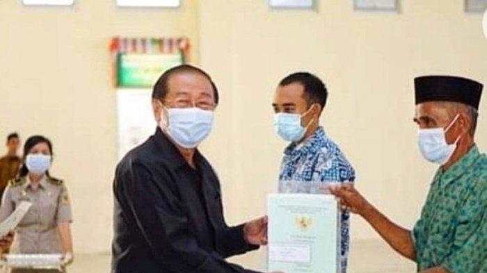 Enam Desa di Bolmut Terima 818 Sertifikat Tanah, Ketua DPRD Berikan Apresiasi