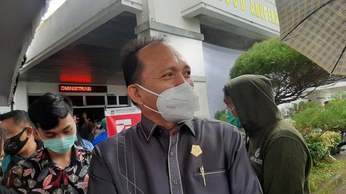 Ketua DPRD Kota Tomohon Djemmi Sundah, Minggu (25/1/2021).