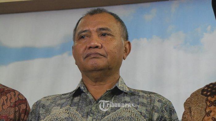 Keluarga Ketua KPK Diteror: Kasus Buku Merah Akan Dilanjutkan