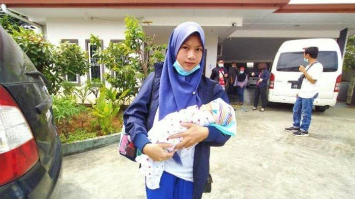 Alami Permasalahan di Malaysia, Ratusan WNI Termasuk Bayi Usia 5 Hari Dipulangkan