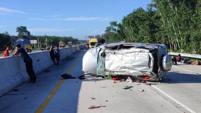 Nama-nama Korban Tewas Kecelakaan Mobil Terios yang Alami Pecah Ban hingga Terguling di Tengah Jalan