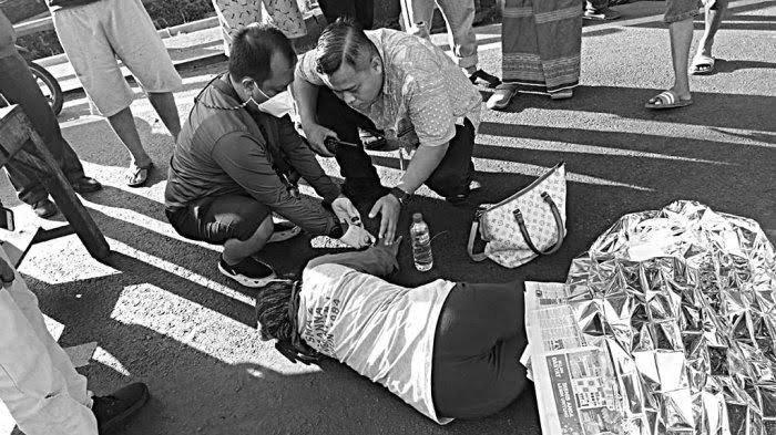 Kecelakaan Tadi Pukul 16.00 WIB, Ibu Kritis Dua Kakinya Hancur Tergilas, Korban Jatuh ke Kolong Truk