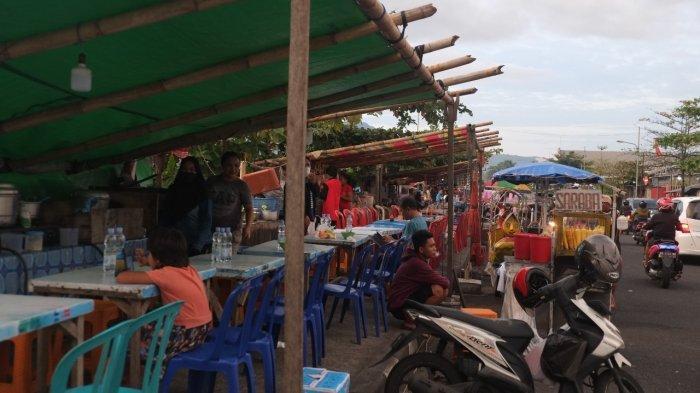 Kondisi lapak pedagang kaki lima yang berjualan di Jalan Boulevard Dua, Kecamatan Sindulang, Kota Manado, Rabu (21/7/2021).