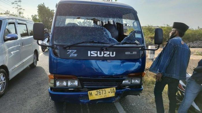 Kecelakaan Maut Tadi Pagi, Pria Pengendara Vario Tewas, Korban Hendak Belok Lalu Tertabrak Minibus