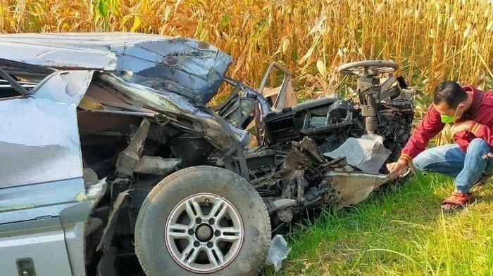 Kecelakaan Maut Tadi Pagi, Pengemudi Tewas di Lokasi usai Mobil yang Dibawanya Tertabrak Kereta Api