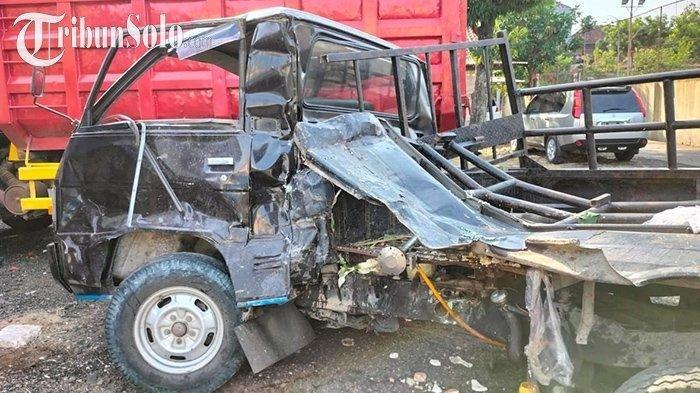 Kecelakaan Maut Pukul 10.00 WIB, Seorang Kernet Tewas, Mobil Pickup Batal Menyalip Lalu Tabrak Truk
