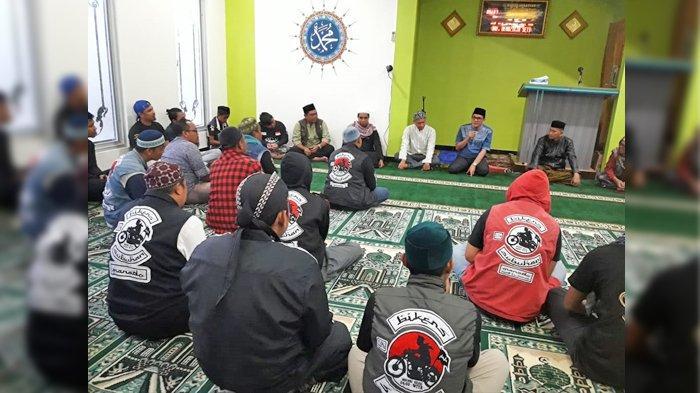 Djafar Alkatiri Doakan Bikers Subuhan Manado Semoga Tetap Istikamah dan Terpaut di Masjid