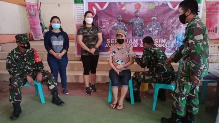 Serbuan Vaksinasi TNI di Minahasa Tenggara