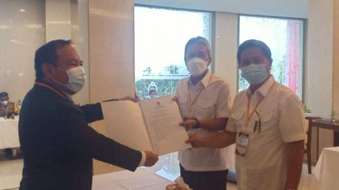 FDW-PYR Ditetapkan KPU Minsel Jadi Bupati dan Wabup Terpilih, Roso-Harum: Selamat Bekerja