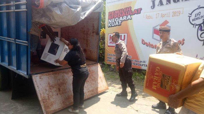KPU Sitaro Salurkan Kotak Suara dan Logistik Pemilu ke Wilayah Tagulandang dan Biaro