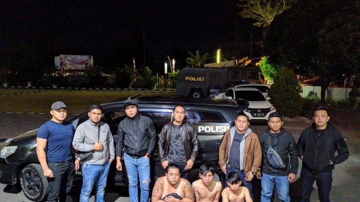 Mabuk, Merusak dan Hampir Memukuli Anggota Polisi Bersama Istri, Tiga Orang Ini Diamankan
