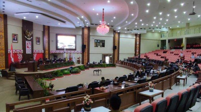 Pemprov Sulawesi Utara (Sulut) dan DPRD Sulut menyepakati Kebijakan Umum Anggaran-Prioritas Plafon Anggaran Sementara (KUA-PPAS) APBD Perubahan 2021.
