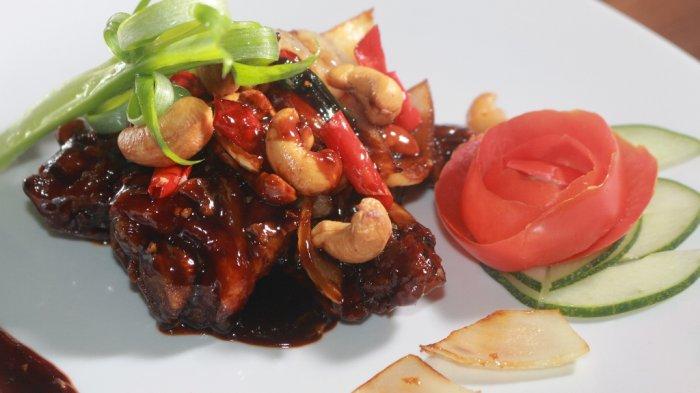 Pedas nan Gurih di Gigitan Pertama, Ayam Kung Pao RM Dabu-Dabu JS