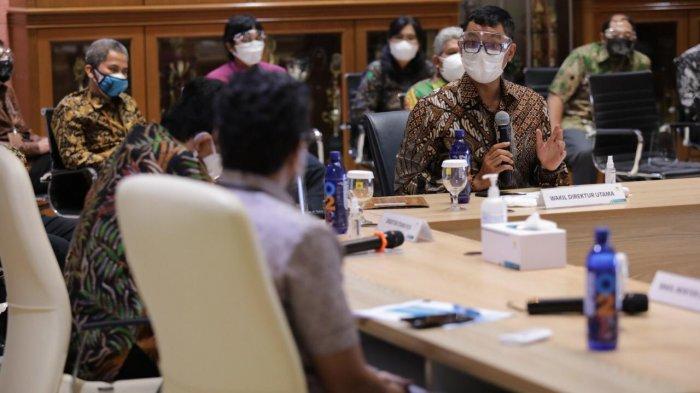 Kunjungan ke PLN Unit Induk Pusat Pengatur Beban (UIP2B), yang berkedudukan di Gandul, Cinere, Depok, Jawa Barat, Jumat (6/8/2021).