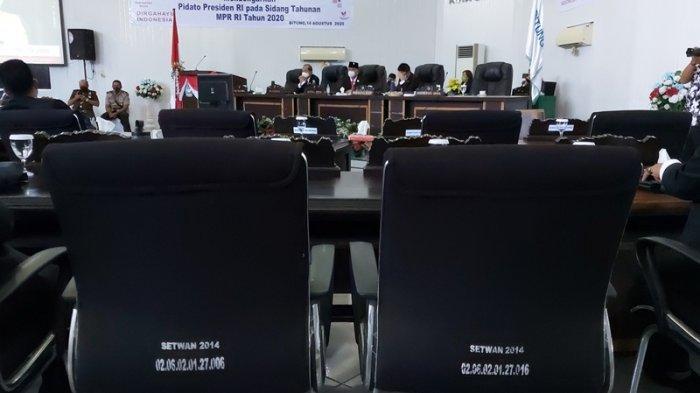 BREAKING NEWS: Kursi Kosong Warnai Paripurna DPRD Bitung Mendengar Pidato Presiden RI