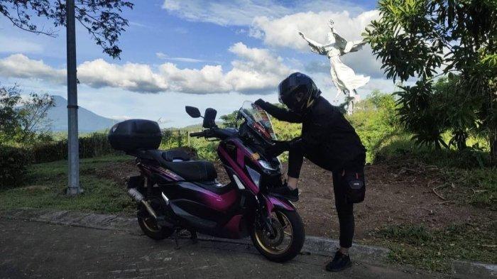 Lady Biker Semakin Mudah Berkendara Berkat Aplikasi Y-Connect