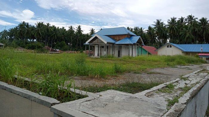 Warga Minta Lapangan Pondabo Boltim Dibersihkan