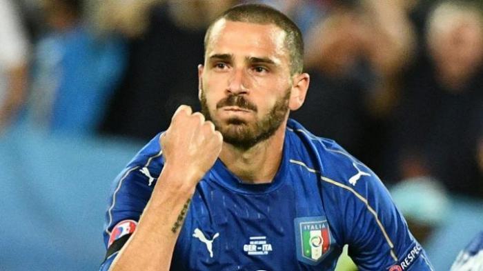 Leonardo Bonucci Tak Peduli Dicemooh Suporter Timnas Italia