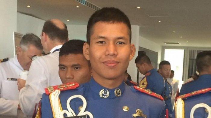 Sosok Letda Rhesa Sigar, Gugur di KRI Nanggala, Sang Ayah TNI Jatuh dari Helikopter, Kerabat Prabowo