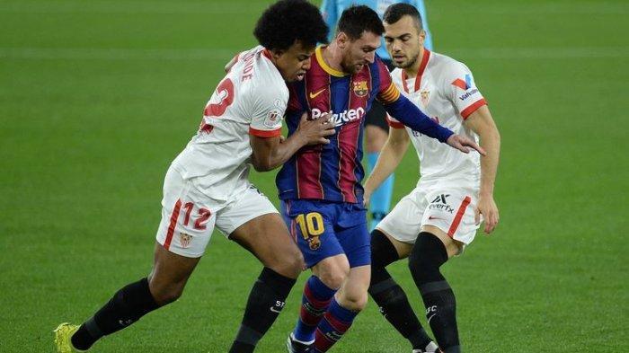 VIDEO Aksi Jules Kounde, Pemain 22 Tahun Ini Bikin Bek Barcelona Berjatuhan, Rakitic Bawa Petaka