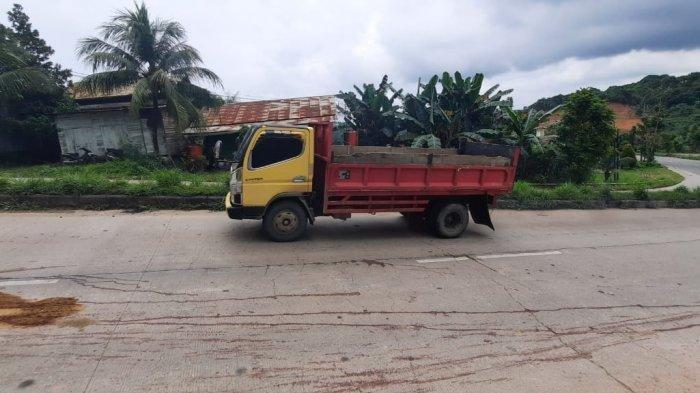 Kecelakaan Maut Tadi Siang Pukul 11.00, Pemuda Tewas Tergeletak di Jalan, Warga Duga Tertabrak Mobil