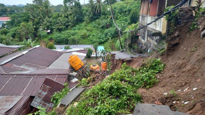 Longsor di Manado,Satu Rumah Tertimpa,3 Keluarga Mengungsi