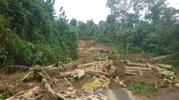 Tokoh Masyarakat Nuangan Desak Pemda Boltim Tinjau Lokasi Longsor