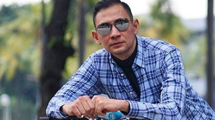 Sosok Lucky Alamsyah, Aktor Berusia 48 Tahun yang Semprot Mantan Menteri