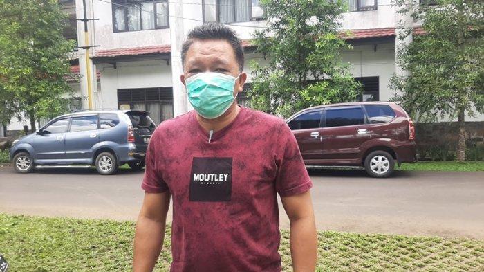 Bantu Warga yang Sementara Isoman, 80 Paket Sembako Disalurkan di Kelurahan Kolongan Satu Tomohon