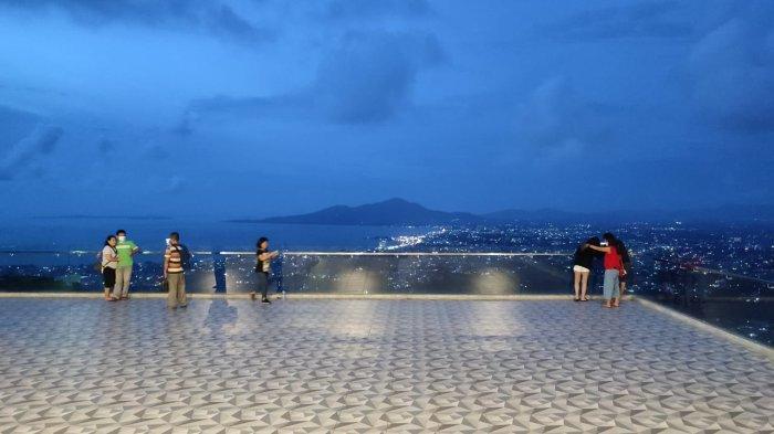 FOTO Suasana Tempat Wisata Makatete Hills dengan Pemandangan Kota Manado