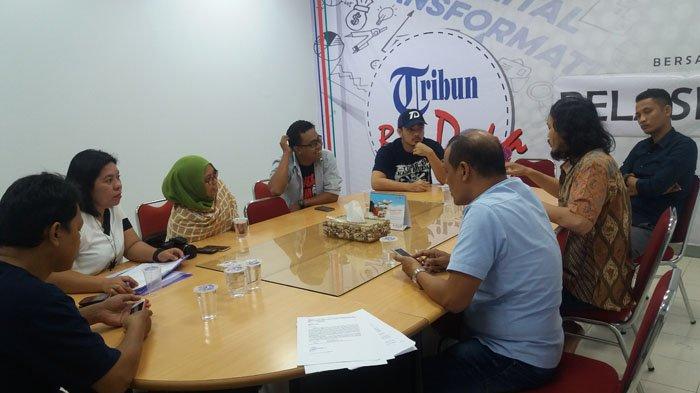 Swara Parangpuan dan TI Kunjungi Tribun Manado