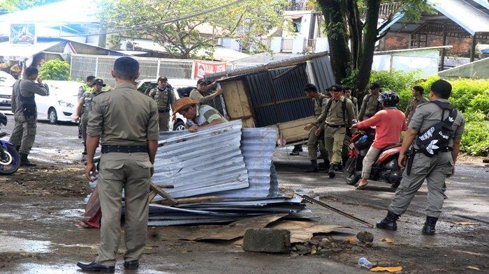 PD Pasar Akan Kelola Kawasan Kuliner Pantai Malalayang II, Keintjem Kumpul Pedagang