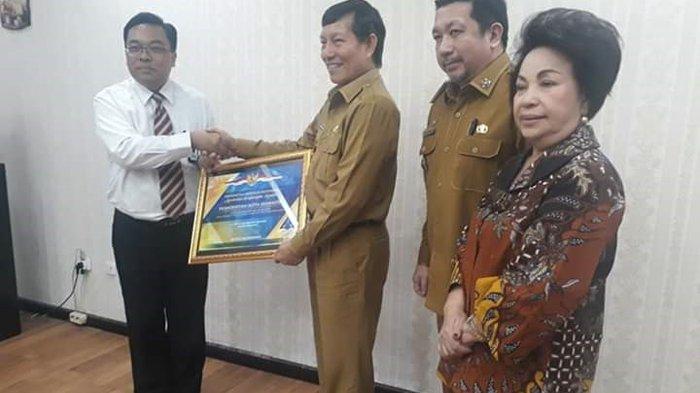 Vicky Ucapkan Terima Kasih atas Penghargaan Menteri Keuangan RI