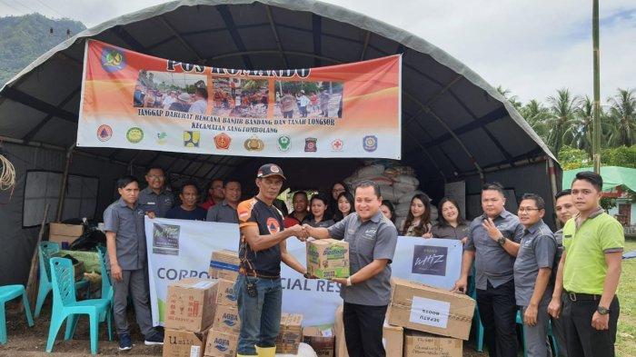 Manajemen Grand Whiz Group Salurkan Bantuan bagi Korban Banjir