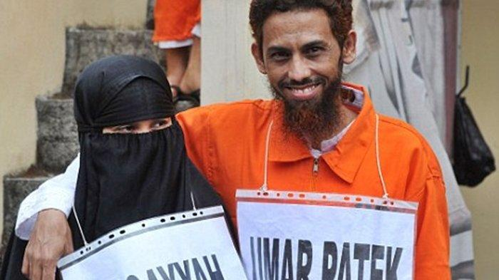 Mantan Teroris Bom Bali, Umar Patek dan istrinya, Ruqayyah.