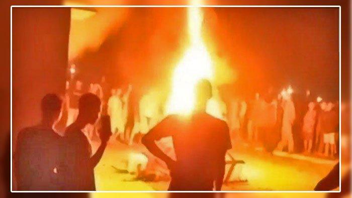 KEBAKARAN Kantor Polisi Saat Tengah Malam, Sengaja Dibakar, Ini Jumlah Massa Yang Datang & Penyebab